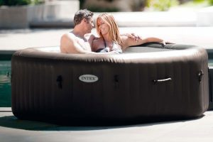 purespa bubble with couple