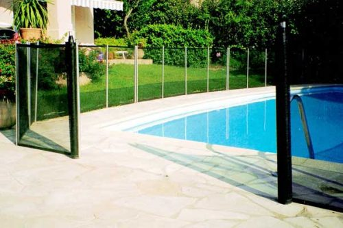 safety fencing for swimming pools large image